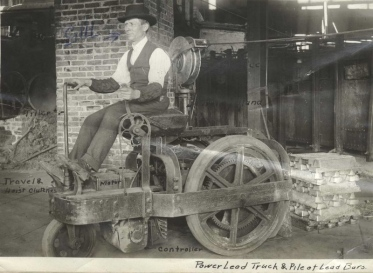 Power lead truck with driver c1920